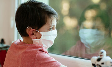 DIY: Φτιάξτε υφασμάτινες μάσκες για παιδιά χωρίς ραπτομηχανή (vid)