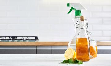 Πώς θα φτιάξετε καθαριστικό γενικής χρήσης με ξίδι (vid)