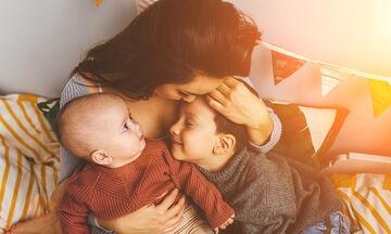 Πώς να ενισχύσετε το αίσθημα ασφάλειας σε παιδιά ηλικίας 2 έως 3 ετών (pics)
