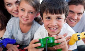#Μένουμε_σπίτι: Γιατί είναι σημαντικό να παίζετε με το παιδί σας