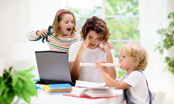 Δέκα πράγματα που κάνουν τα παιδιά και τρελαίνουν τους γονείς (pics)