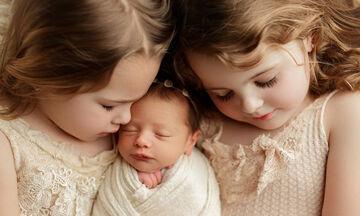 Αυτές τις φωτογραφίες παιδιών με τα νεογέννητα αδερφάκια τους θα τις λατρέψετε (pics)