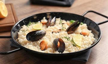 Πέντε νηστίσιμες συνταγές με θαλασσινά που αξίζει να δοκιμάσετε (pics)