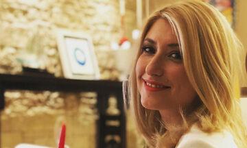Κι όμως η καραντίνα έκανε τη Σία Κοσιώνη να δημοσιεύσει 4 φωτογραφίες του γιου της (pics)