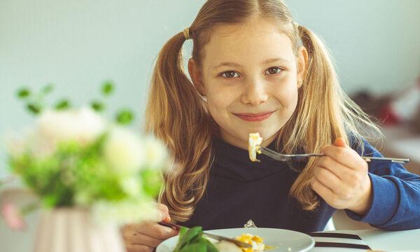 Πέντε έξυπνοι τρόποι για να φάει το παιδί αυγό (pics)