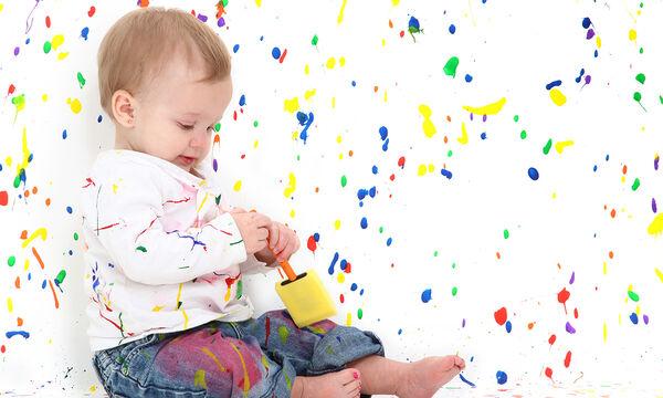 #Μένουμε_ σπίτι: 10 αισθητηριακά παιχνίδια για μωρά που βοηθούν στην ανάπτυξή τους (vid)