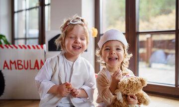 #Μένουμε_σπίτι: Αυτά τα εκπαιδευτικά παιχνίδια θα ενθουσιάσουν τα παιδιά (vid)
