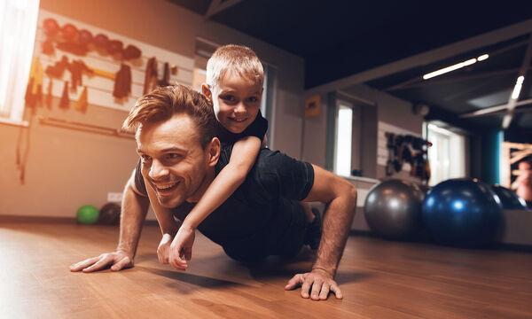 Γυμναστική για παιδιά στο σπίτι: 8 λεπτά αρκούν για να γυμναστούν τα μικρά σας (vid)