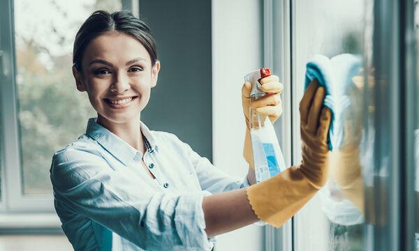 Δεκαπέντε καθαριστικά για το σπίτι που μπορείτε να φτιάξετε μόνοι σας (vid)
