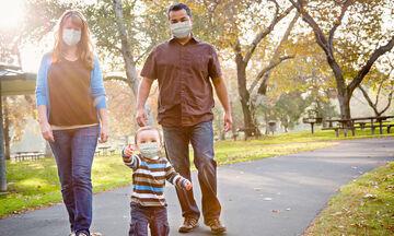#Μένουμε ασφαλείς: Τι πρέπει να προσέχουν οι γονείς μετά τη χαλάρωση των μέτρων για τον κορονοϊό;