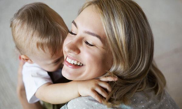 «Μητέρα σε κάνει η αγάπη, η φροντίδα και ο χρόνος που δίνεις σε ένα παιδί»