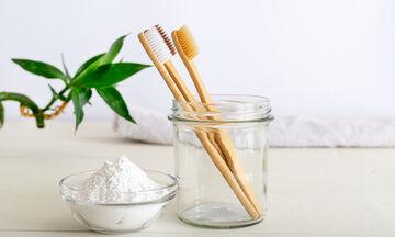 15 τρόποι να αξιοποιήσεις την παλιά σου οδοντόβουρτσα στην καθαριότητα του σπιτιού & όχι μόνο (vid)