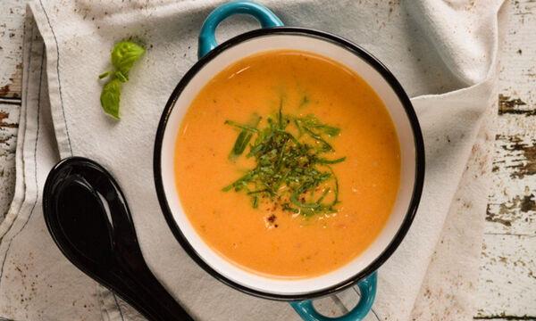 Ντοματόσουπα - Συνταγή για ένα εύκολο και υγιεινό φαγητό