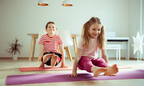 Yoga για παιδιά: 15λεπτο πρόγραμμα ασκήσεων για παιδιά (vid)