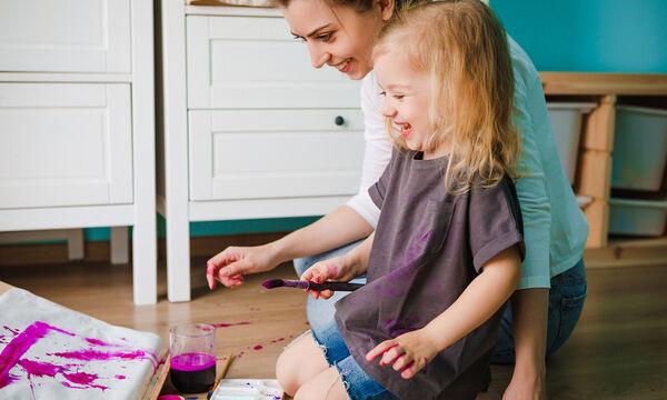 Χρωμοσελίδες για τη Γιορτή της Μητέρας - Εκτυπώστε το δώρο που θα ζωγραφίσουν τα παιδιά σας