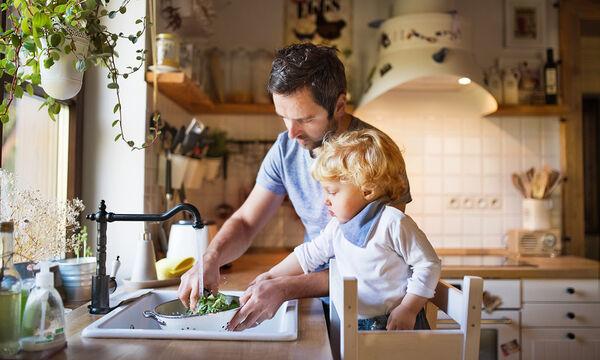 Μοντεσσοριανή εκπαίδευση στο σπίτι: Μαγειρικά παιχνίδια για παιδιά