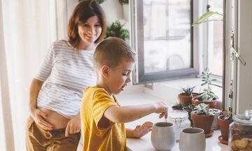 Για τη μαμά που βαρέθηκε να μαγειρεύει: Εύκολες συνταγές που δεν χρειάζονται ψήσιμο