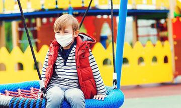 Η χρήση της μάσκας στα παιδιά και οι κίνδυνοι που ελλοχεύουν