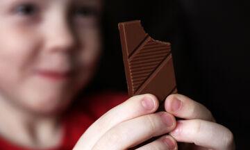 Παιδί & διατροφή: Τα οφέλη της σοκολάτας στην υγεία των παιδιών (pics)