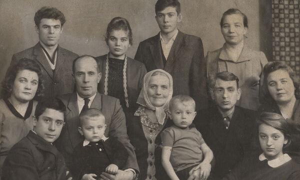Παγκόσμια Ημέρα Οικογένειας: Ο θεσμός της οικογένειας μέσα από vintage φωτογραφίες (pics)