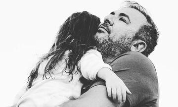 Η κούκλα κόρη του Αντώνη Ρέμου - Δείτε τη φωτογραφία που δημοσίευσε η μαμά Υβόννη (pics)