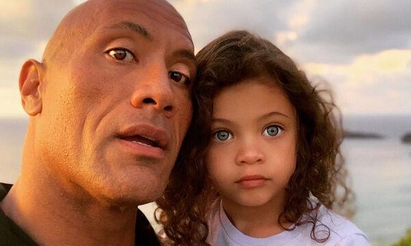 Ο Rock γύριζε ένα βίντεο όταν ξαφνικά εισέβαλε η κόρη του - Δεν φαντάζεστε ποια ήταν η αντίδρασή του