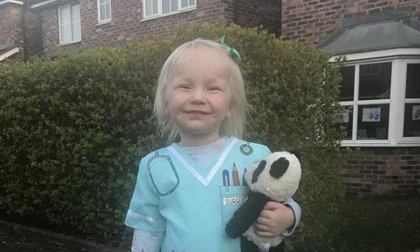 Υπέροχο!Δείτε τι φοράει 2χρονο κοριτσάκι προς τιμήν του ιατρικού προσωπικού εν μέσω πανδημίας (pics)