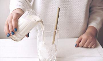 Δε φαντάζεστε ποιους δύσκολους λεκέδες μπορείτε να καθαρίσετε με... γάλα (pics)