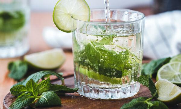 Βαριέσαι τα smoothies; Δες τι μπορείς να πιεις για αποτοξίνωση