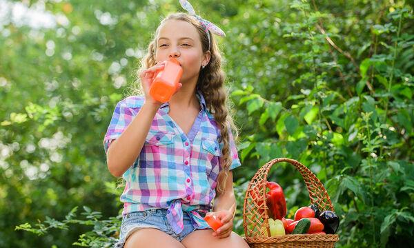 Εύκολα tips για να κρατήσουμε τα παιδιά ενυδατωμένα και το καλοκαίρι