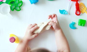 Κατασκευές από πλαστελίνη για παιδιά - Φτιάχνουμε και μαθαίνουμε τα φρούτα (vid)