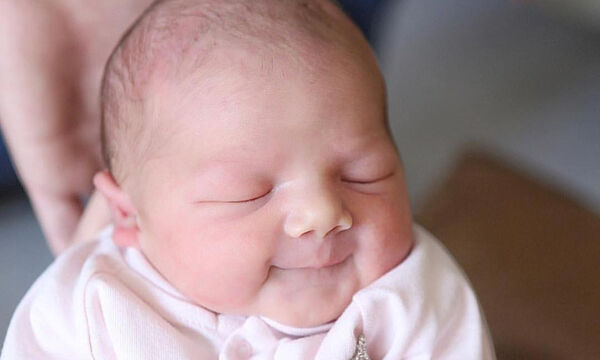Οι αστείες γκριμάτσες των μωρών όταν κοιμούνται - Δείτε απολαυστικές φωτογραφίες (pics)