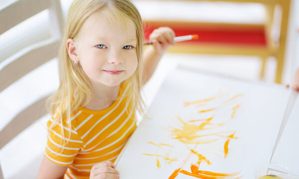 Τι μπορείτε να κάνετε σήμερα με τα παιδιά στο σπίτι; Ιδέες δημιουργικής απασχόλησης (vids)