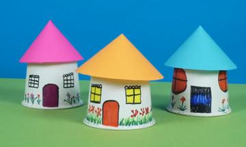 DIY - Δείτε πώς θα φτιάξετε υπέροχα σπιτάκια από χάρτινα ποτήρια (vid)