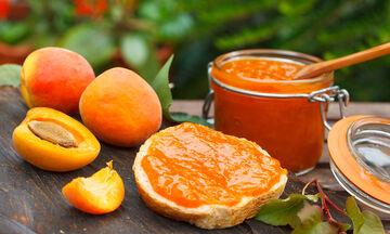 Συνταγή για νόστιμη και μυρωδάτη σπιτική μαρμελάδα βερίκοκο