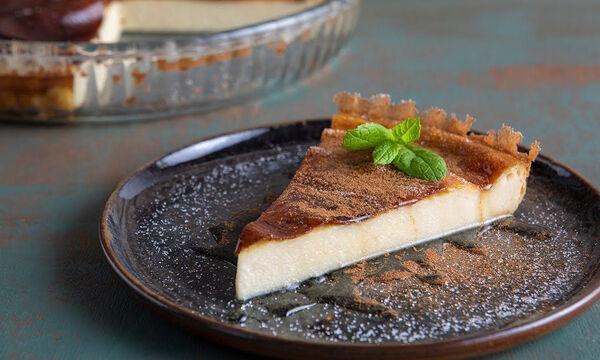 Άκης Πετρετζίκης: Αυτή είναι η συνταγή του για τέλεια γαλατόπιτα