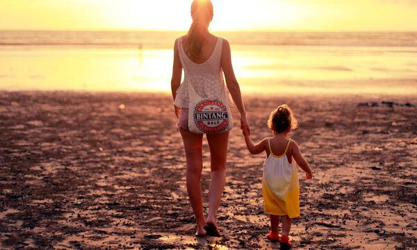 Καλοκαίρι με τα παιδιά: 4 πράγματα που σου λείπουν και 4 που δεν αλλάζεις