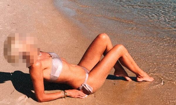 Ποια καλλίγραμμη Ελληνίδα μαμά φορά σέξι μπικίνι & ποζάρει στην παραλία;
