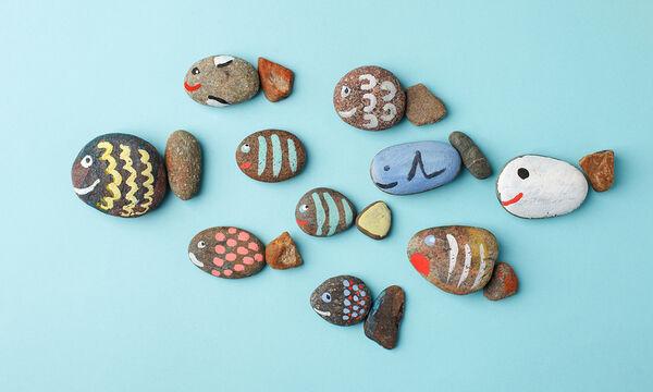 Τρεις ευφάνταστες χειροτεχνίες με πέτρες για να κάνετε με τα παιδιά