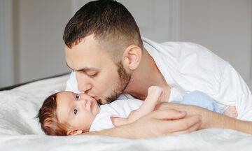 Επτά στερεότυπα για τους μπαμπάδες που απλά δεν ισχύουν (pics)