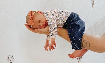 Μωράκια κοιμούνται στις πιο περίεργες στάσεις που έχουμε δει - Δείτε φώτο