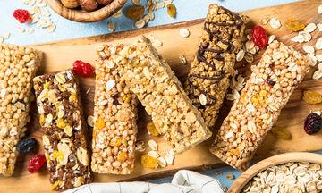 Υπέροχη συνταγή για ένα φανταστικό σνακ με δημητριακά και ξηρούς καρπούς