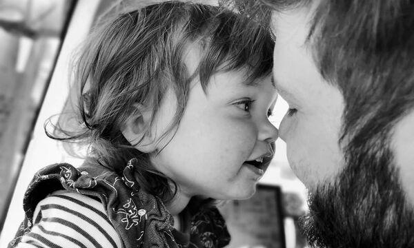 Ημέρα του Πατέρα: Η πατρότητα μέσα από τον φωτογραφικό φακό