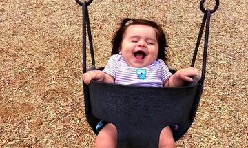 Μωράκια κάνουν για πρώτη φορά κούνια - Δείτε τις αντιδράσεις τους (vid)