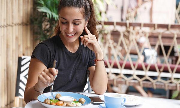 Δεκατέσσερις καθημερινές συνήθειες που εμποδίζουν την απώλεια βάρους