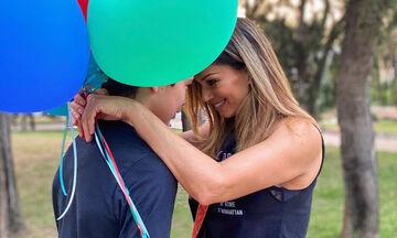 Έλλη Κοκκίνου: Δείτε φώτο από τις διακοπές με τον γιο της στη Μήλο (pics)