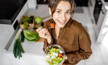 Ποια συστατικά στη σαλάτα μας βοηθούν στην απώλεια βάρους;