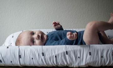 Πώς η αλλαγή πάνας θα γίνει ευχάριστα στο μωρό μας, χωρίς ερεθισμούς και κοκκινίλες
