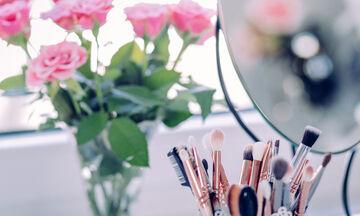 Δες πώς θα αγοράσεις τα σωστά πινέλα μακιγιάζ