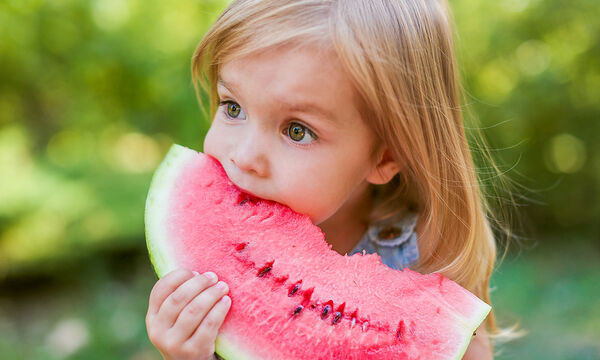 Παιδί και διατροφή: Ποια τα οφέλη του καρπουζιού για τα παιδιά;